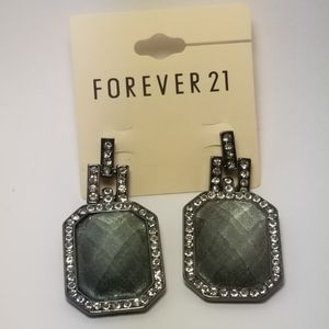 FOREVER 21 FACETED GRAY BEAD  CRYSTALS EARRINGS